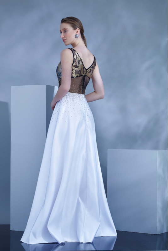 White satin maxi sleeveless dress