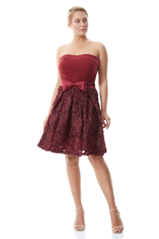 Claret red plus size crepe strapless mini dress