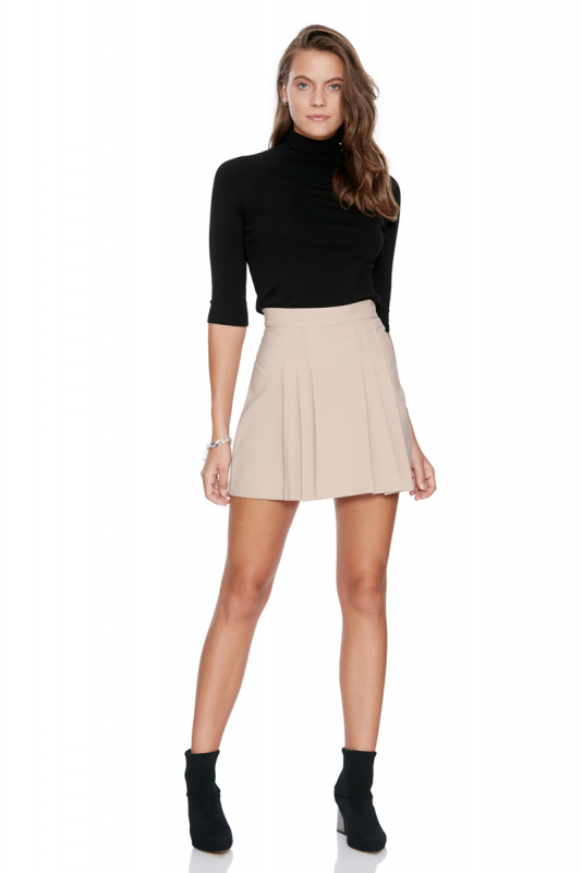 Beige knitted mini skirt