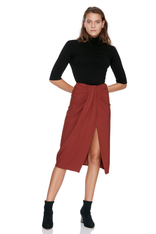 Tile knitted midi skirt