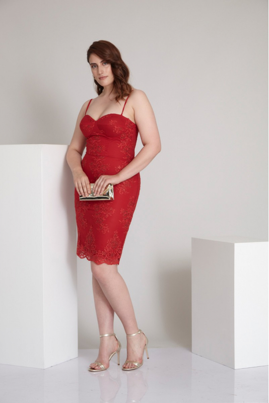 Red plus size sequined sleeveless midi dress