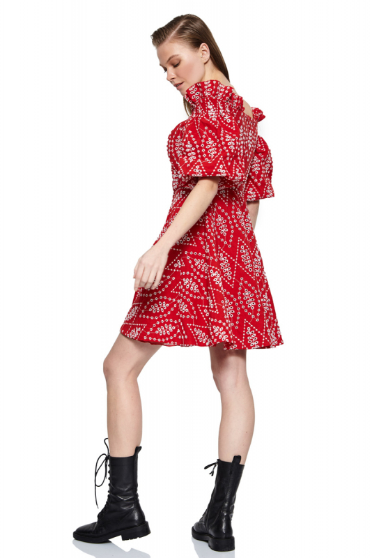 Red lace short sleeve mini dress